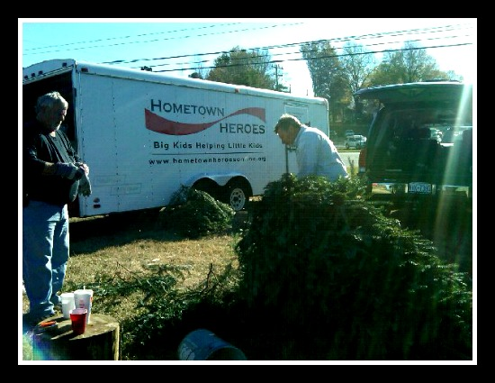 Charlotte Christmas Tree Lots – Don't Pass Up the HomeTown Heroes Christmas Tree Lot