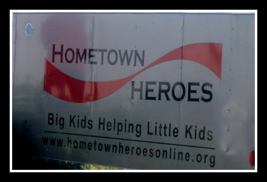 HomeTown Heroes Christmas Tree Lot in Charlotte – Kids Day