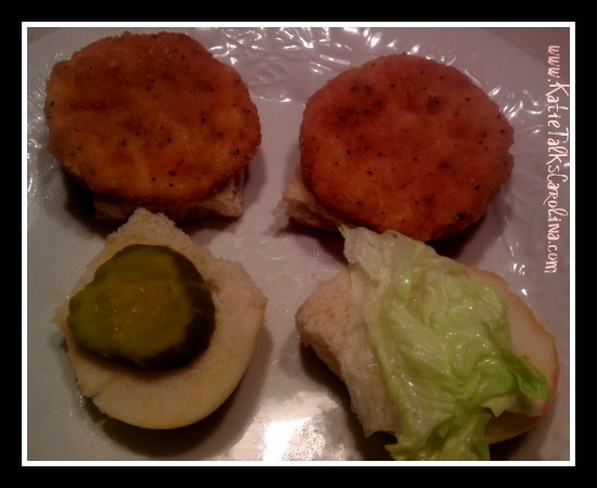 Quick (and Yummy!) Dinner with Tyson Mini Chicken Sandwiches #TysonGoodness #CBias