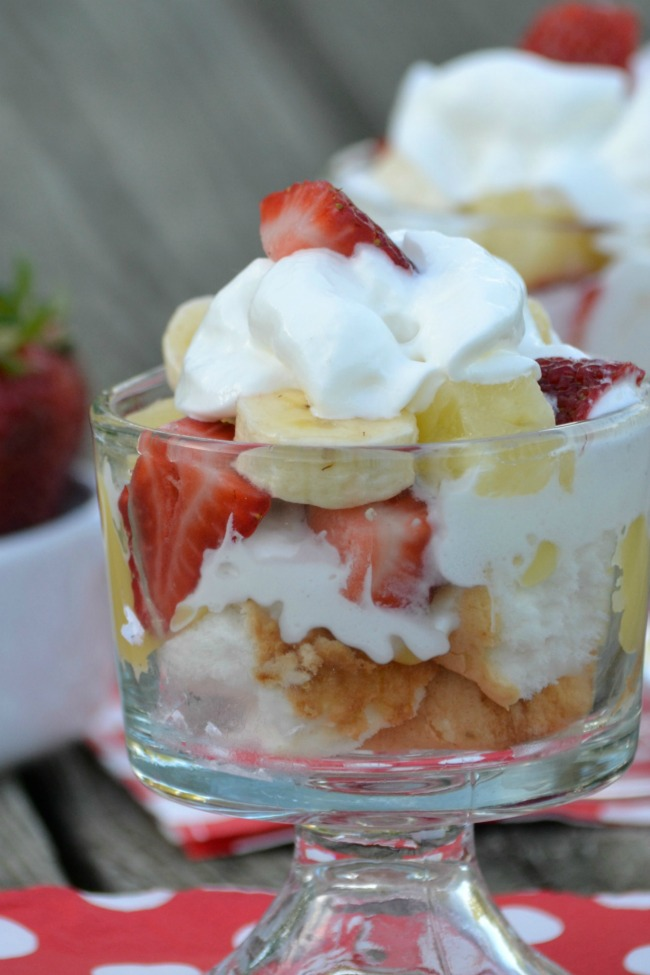 Angel Foodcake Fruit Parfait