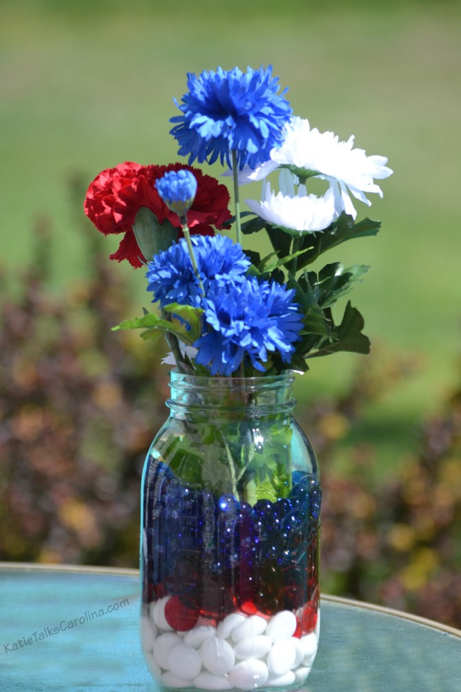 Easy Red White And Blue Table Decorations On A Budget Katie Talks