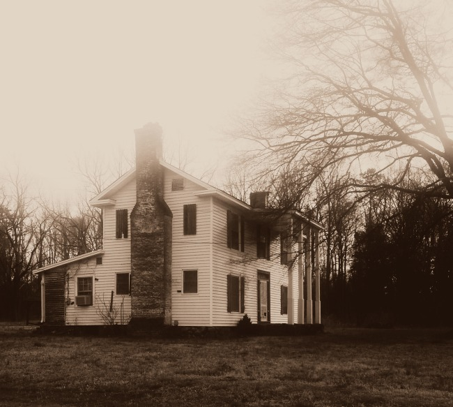 Abandoned North Carolina Homes: The Yellow Haunted House In Charlotte